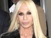 Multi o cunosc pe Donatella Versace, dar putini stiu cum arata fiica acesteia. Vezi pozele cu Allegra Versace aici