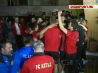 Nebunie totala la Giurgiu. Fotbalistii si staff-ul tehnic al Astrei au sarbatorit castigarea Campionatului Romaniei alaturi de fani - VIDEO