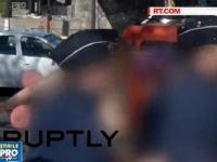 Activistele femen s-au dat, din nou, in spectacol: au incercat sa impiedice desfasurarea unui eveniment din centrul Parisului - VIDEO