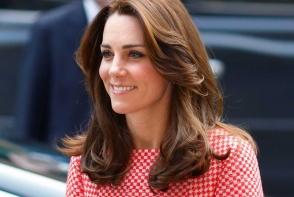 Kate Middleton, aparitie ultra feminina. Cum s-a imbracat Ducesa la un eveniment din Marea Britanie