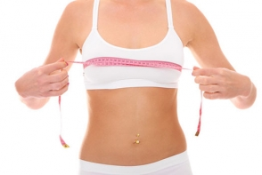Exercitii simple pentru cresterea sanilor. Vezi cum trebuie sa le executi corect