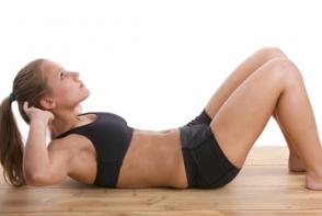 Cum executam corect abdomenele. Vezi cele mai utile sfaturi pentru slabit