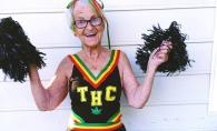 Ea este cea mai excentrica batranica! Are aproape 88 de ani, dar se imbraca mai stilat ca multe tinere de de la noi - FOTO