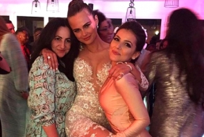 Xenia Deli a purtat o rochie de mireasa spectaculoasa, care se transforma! Pe langa Xenia Deli, celebrul designer Zuhair Murad le imbraca pe J.Lo, Rihanna si Beyonce - FOTO
