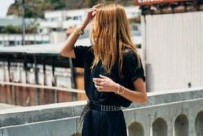 Ai o rochita neagra si nu stii cu ce sa o asortezi? Vezi 5 moduri de a o purta -FOTO