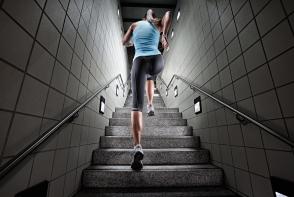 Mersul pe scari ne ajuta sa slabim? Vezi aici raspunsul