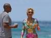 Acesta este adevarul despre silueta lui Beyonce. Vezi cum arata la plaja, in costum de baie, fara Photoshop si editari - FOTO