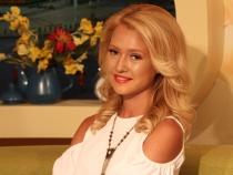 Tatiana Calisciuc a revenit din luna de miere. Afla unde s-a odihnit reporterul PRO TV si cat de neordinara a fost vacanta tinerilor insuratei - VIDEO