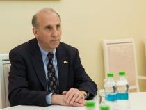Vezi un interviu exclusiv cu Ambasadorul Statelor Unite ale Americii in Republica Moldova, James Pettit, doar la O Seara Perfecta - VIDEO