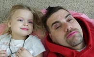 17 fetite care si-au infrumusetat tatii. Vezi cat de nostim arata barbatii - FOTO