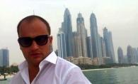 Valerian Minzat pozeaza sexy pe yacht, la bustul gol! Avocatul se lauda cu vacanta sa luxoasa din Dubai - FOTO