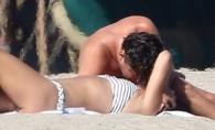 Leonardo DiCaprio, in tandreturi cu noua sa iubita pe plaja. Iata cum au fost surprinsi cei doi amorezi - FOTO