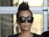 Nu e iluzie optica! Kim Kardashian, corset care ii face talia minuscula... si solduri de brazilianca. Cum a aparut - FOTO