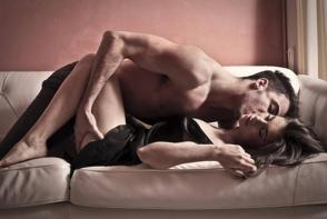 Dezmorteste atmosfera din dormitorul vostru! Iata 5 idei de jocuri care cresc pofta de o partida fierbinte de sex