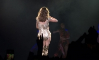 Posteriorul ei poate rivaliza cu cel al lui Jennifer Lopez. Cea mai sexy aparitie a Selenei Gomez in fata fanilor - FOTO