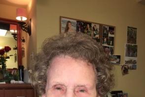 Transformarea care a devenit virala. Si-a machiat bunicuta de 97 de ani. Cum arata dupa schimbarea propusa de nepoata