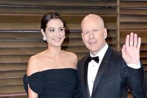 Bruce Willis se mandreste cu familia sa. Vezi cat de bine arata sotia sa si ce fetite simpatice are
