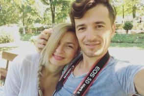 Radu Sirbu ex - O-Zone si sotia au dat de greu de cand a venit pe lume cel de-al treilea copil! Cei doi cauta bona urgent