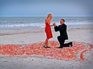 Toate fetele sunt innebunite dupa acest inel de logodna! Vezi cat de uimitoare este bijuteria, dar si ce pret piparat are - FOTO