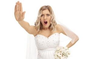 5 lucruri pe care nu trebuie sa le porti la o nunta