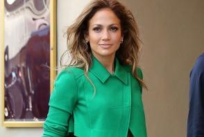 Asa arata dressingul de lux a lui Jennifer Lopez. Pare mai mare decat un apartament cu trei camere - FOTO
