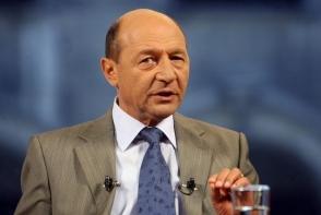 Traian Basescu, grav bolnav. Este tintuit la pat si medicii il supravegheaza non-stop!