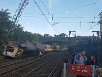 Tragedie feroviara in Spania. Cel putin 3 oameni au murit, iar alte zeci de persoane au fost ranite, dupa ce un tren plin cu pasageri a deraiat in nord-vestul tarii - VIDEO