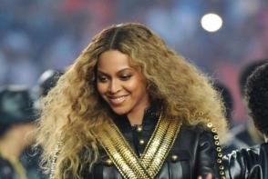 Beyonce si-a intrerupt concertul si a facut un gest complet neasteptat! Toata lumea a ras de ea - VIDEO