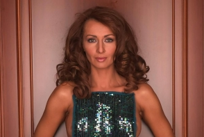 Mihaela Radulescu si-a schimbat look-ul. Fanii i-au criticat picioarele