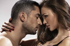 Vrei sa iti surprinzi iubitul cu un masaj erotic? Vezi care sunt aromele seducatoare