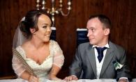 N-ai mai vazut asa ceva: O nunta de pitici, exact ca in povesti. Vezi ce rochie superba a purtat mireasa - FOTO