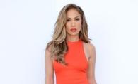 De la o Diva provocatoare, la o femeie obisnuita. Iata cum a fost surprinsa pe strada Jennifer Lopez - FOTO