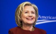 Hillary Clinton, la marea confruntare cu Donald Trump: Iata ce costum a purtat de aceasta data - FOTO
