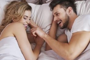 6 lucruri pe care cuplurile fericite le fac mereu inainte de culcare. Afla care sunt acestea