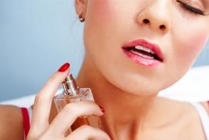 Trucuri pe care le folosesc femeile care mereu miros bine. Iata care sunt ele - FOTO