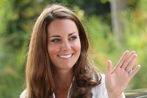 Kate Middleton si Meghan Markle, imbracate la fel. Cum arata cele doua
