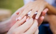 Fara cuvinte! A cerut-o in casatorie timp de 365 de zile fara ca ea sa stie - VIDEO