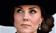 Ducesa de Cambridge, eleganta si rafinata. Aceasta a purtat o tinuta identica cu a Printesei Diana - FOTO