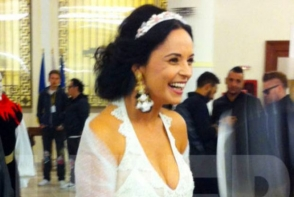 Andreea Marin s-a imbracat ca o zana pentru o petrecere mondena. A purtat o rochie ca din basme - FOTO