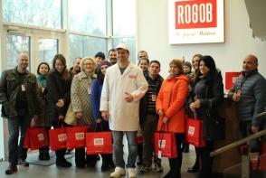 """Excursie cu gust la compania """"ROGOB""""! Consumatorii au ramas impresionati de conditiile din fabrica - VIDEO"""
