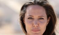 Divortul a distrus-o: Angelina Jolie a ajuns piele si os. Ar cantari acum doar 34 de kg - FOTO