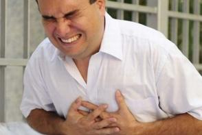 Un cardiolog dezvaluie care este singura sansa de supravietuire in cazul unui atac de cord. Daca toti vor sti asta, s-ar putea salva multe vieti