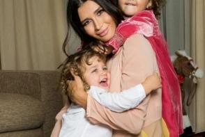Elena Basescu, imagine adorabila cu copiii sai! Cu cine seamana micutii - FOTO