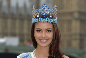 Miss World, cenzurata la TV din cauza decolteului prea generos. Cum a aparut in direct - FOTO