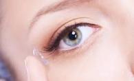 Vezi care sunt avantajele lentilelor de contact. Afla cum sa iti protejezi ochii