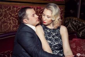 Valerian Minzat si sotia sa, Kristina Furdui, la petrecerea de Revelion. Iata ce tinute au purtat - FOTO