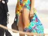 S-a pierdut in mangaieri cu iubitul la plaja si a aratat totul! Ce vedeta a lasat la vedere zona intima, din greseala - FOTO