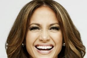 Cum obtii un zambet ca al vedetelor de la Hollywood: 5 tehnici testate de albire a dintilor