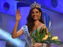 Isi merita titlul! Miss World 2016, aparitie ravasitoare intr-o rochie rosie diafana - FOTO