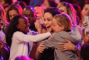 Angelina Jolie risca sa isi piarda fiica? Iata ce declaratii a facut mama biologica a fiicei Angelinei Jolie, Zahara - FOTO
